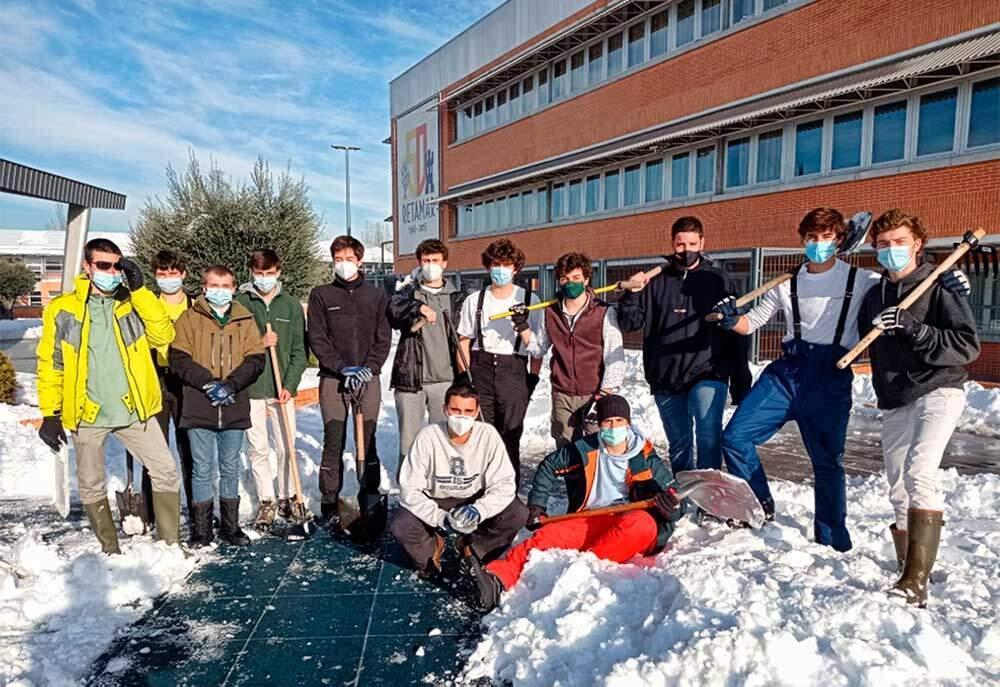 alumnos voluntarios retamar